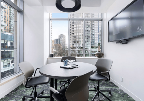 IQ Offices - Robson